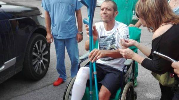 Valentino Rossi dimesso dall'ospedale Torrette di Ancona