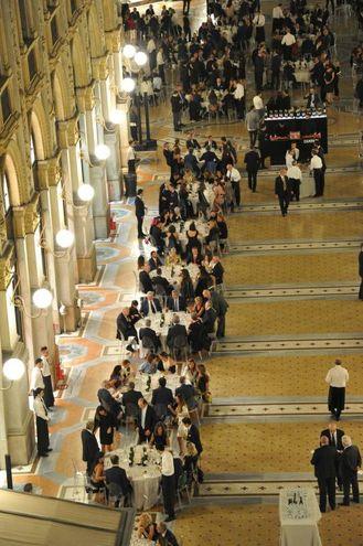 Le cena per i 150 anni della Galleria (Newpress)