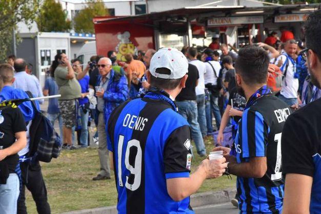 Atalanta, tifosi a Reggio Emilia per la partita contro l'Everton in Europa League