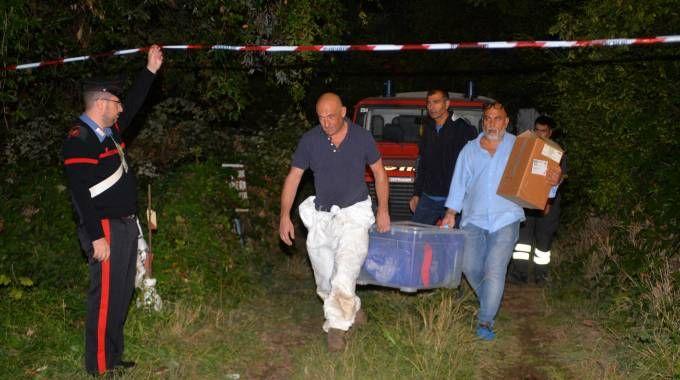 Il recupero del corpo decapitato di Marilena Rosa Re nell'orto dell'indagato Vito Clericò