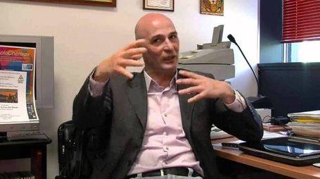 LUCIANO TAGLIAFERRI Il preside del liceo artistico «Piero della Francesca» dove stamani si sono presentati i poliziotti