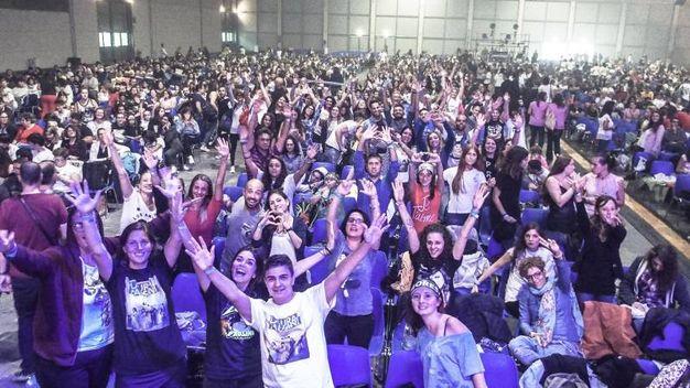 Grandissimo entusiasmo dei fans di Laura Pausini (Foto Pasquale Bove)