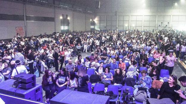 Dopo Miami e Parigi, quest'anno Laura Pausini ha scelto Rimini per il raduno del fans (Foto Pasquale Bove)
