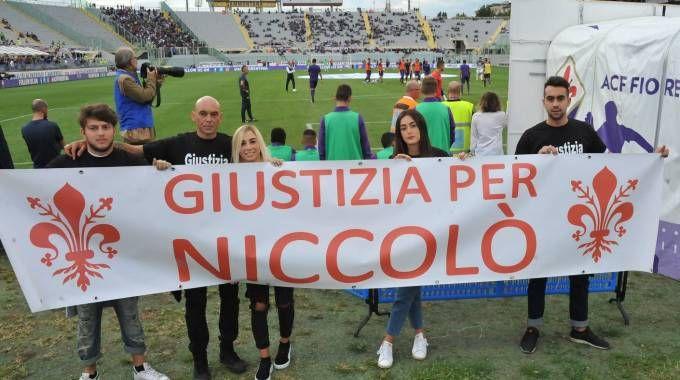 Lo striscione per Niccolò Ciatti (Fotocronache Germogli)