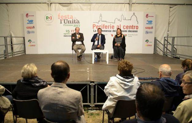ll sottosegretario allo sviluppo economico, Antonello Giacomelli, Intervistato dal direttore de La Nazione, Francesco Carrassi (Foto Giuseppe Cabras/New  Pressphoto)