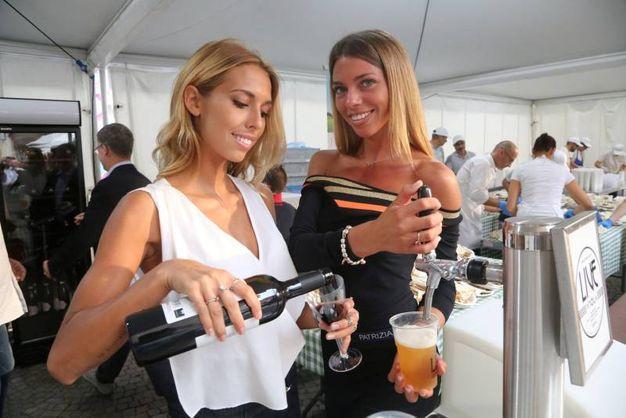 Per rinfrescare il palato ci sono il sangiovese Braschi, la birra Viola e il prosecco Astoria (foto Ravaglia)