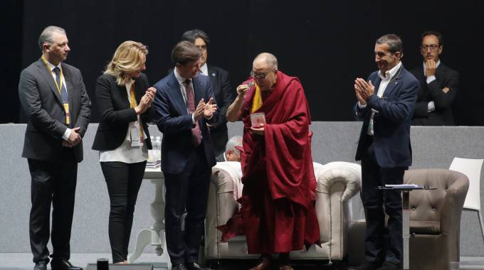 Firenze, Mandela Forum. Festival delle Religioni. Il Dalai Lama (New Press Photo)