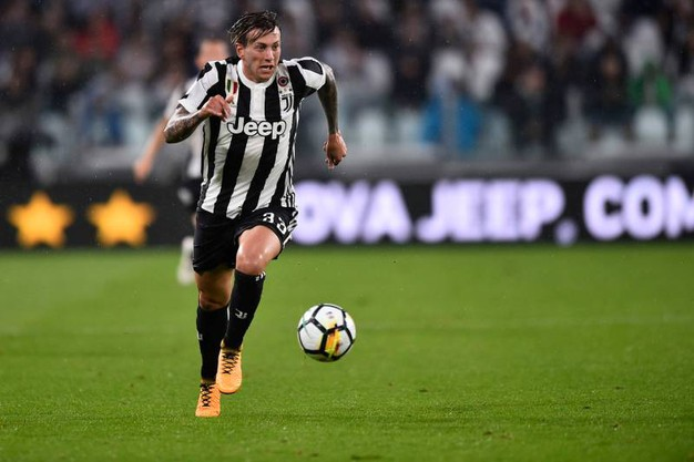 Juventus fiorentina allegri non presto per for Esterno sinistro juve