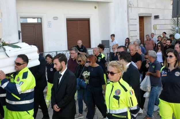 Noemi durini i funerali appello della mamma ai giovani for Benedetta durini