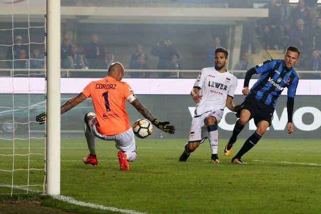 Il gol del 3-0 di Ilicic (Lapresse)