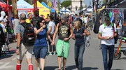 Molte persone per l'evento sportivo Ironman a Cervia (foto Zani)