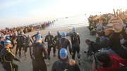 Cervia, Ironman 2017. Il via degli atleti d'acciaio (Foto Zani)