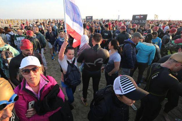 Cervia, Ironman 2017. Parenti e amici per assistere alla grande impresa degli atleti d'acciaio (Foto Zani)