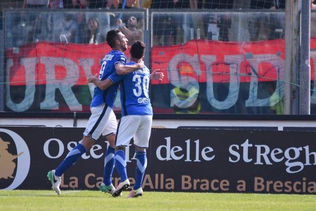 Il gol dell'1-0 di Caracciolo (La Pesse)