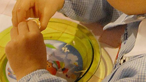 Una bimba ha trovato una lama di cutter nel panino (foto archivio Crocchioni)