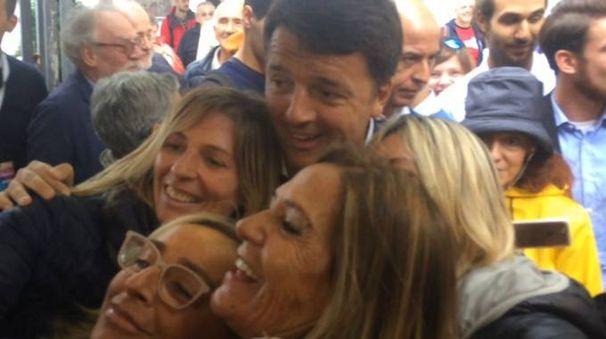 Matteo Renzi alla festa dell'Unità di Imola