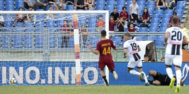Roma-Udinese 3-1, Larsen (Ansa)