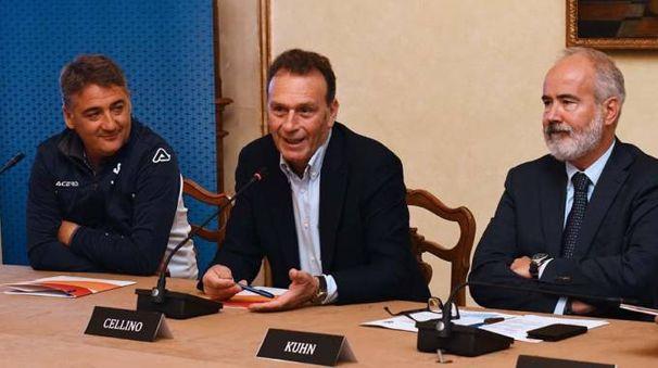 il presidente Cellino ha cominciato a riflettere sulla posizione di Mister Boscaglia?