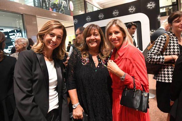 Sabrina Orlandi, Rossella Barbaro e Marina Moroni (foto Schicchi)