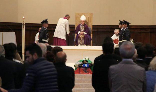 Le esequie in Duomo (foto Ravaglia)