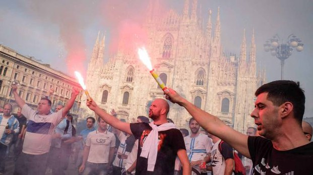 Tifosi croati in piazza Duomo