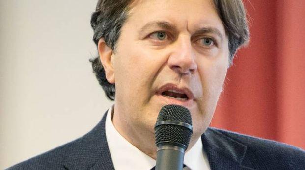 Il sindaco Ugo Vecchiarelli