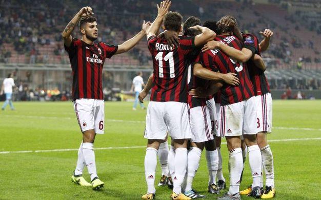 Milan-Rijeka, l'esultanza di Silva dopo il gol dell'1-0 (foto Lapresse)