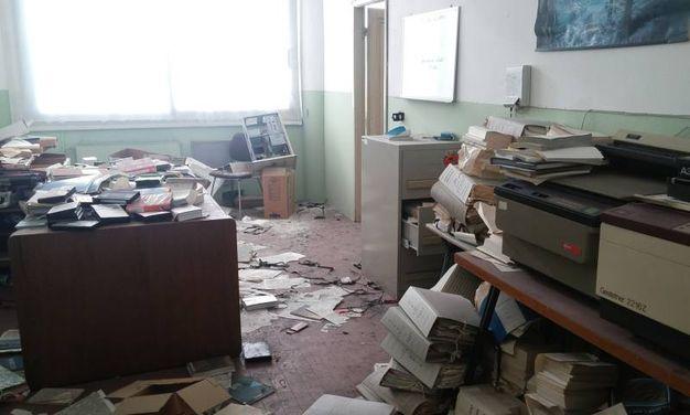 La situazione alla scuola (Foto Pasquali)