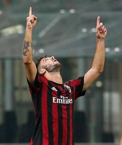 Milan-Rijeka, Cutrone segna il gol del 3-2 che fa vincere i rossoneri (foto Ansa)