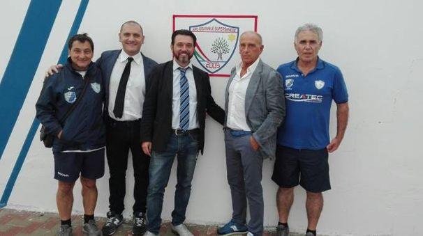 Mister Sartirana in Puglia il secondo da destra in foto