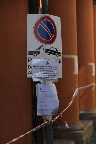 Continua l'incubo parcheggi (foto Schicchi)