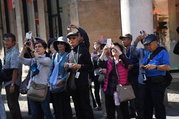 Turisti disorientati (foto Schicchi)