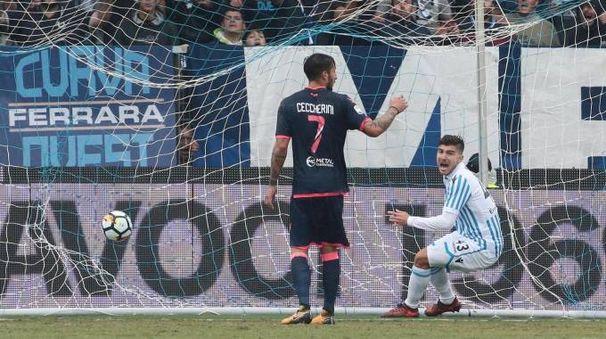 Spal, il gol di Alberto Paloschi contro il Crotone (foto Ansa)