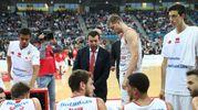 Il coach Spiro Leka durante la partita d'esordio della sua VL Pesaro in casa con la Germani Brescia (Fotoprint)