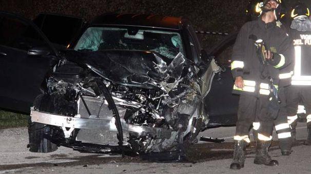 Una delle auto coinvolte nell'incidente (foto LaBolognese)