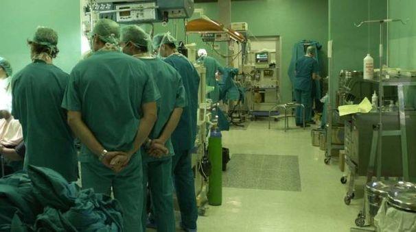 Le due donne e i loro genitori sono ricoverati in ospedale