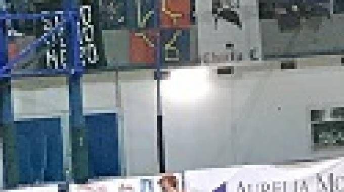 Al centro l'effige di Hitler esposta durante la semifinale di Supercoppa di hockey