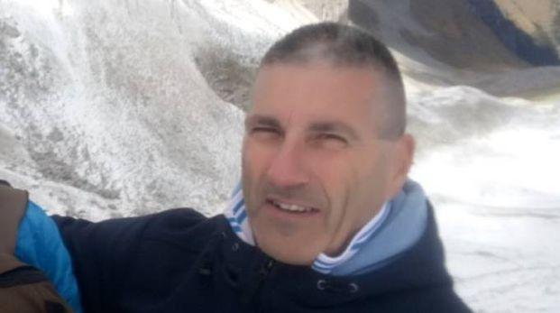 Il geologo Piero Farabollini, durante il viaggio del Carlino