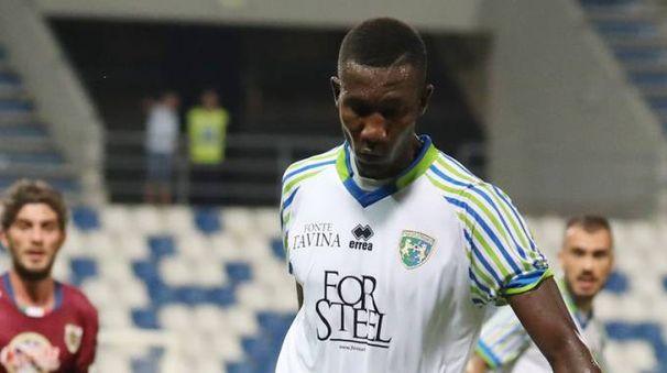 Lamin Jawo in azione con la maglia della Feralpisalò (Fotolive)