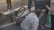 Il ciclista a terra (foto omaggio)