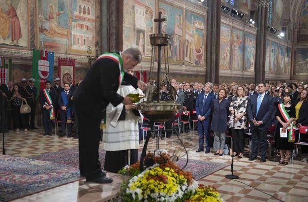 Assisi, il presidente del Consiglio, Assisi, il presidente del Consiglio, Paolo Gentiloni, alla celebrazione della festa di S. Francesco (©LaPresse/Palazzo Chigi/Tiberio Barchielli)