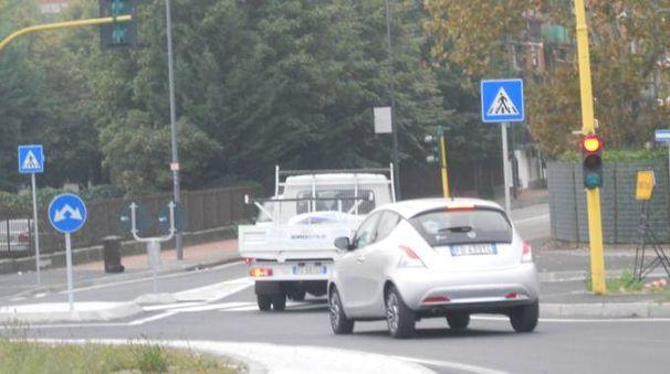 La rotatoria di via Beltrami tra Milano e Novate