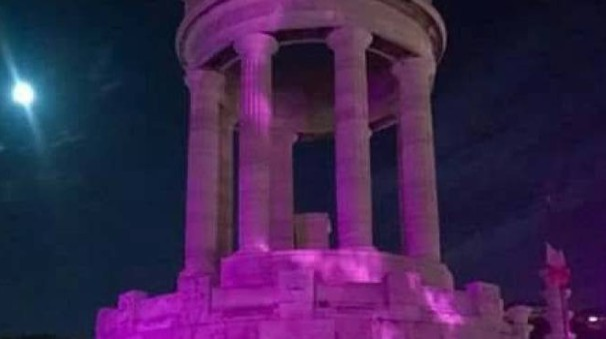 monumento rosa