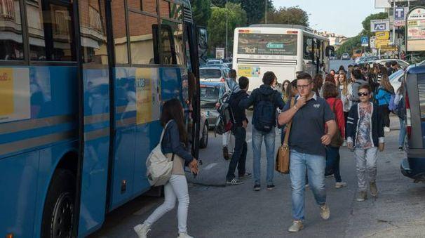 Proteste per il trasporto degli studenti