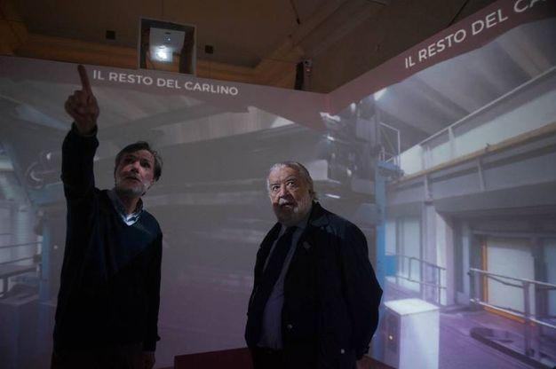 Il resigista visita l'installazione (foto Schicchi)