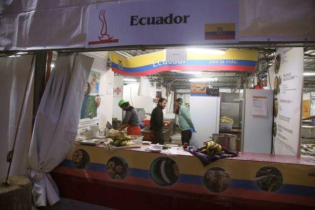 E' l'occasione per assaggiare anche culture culinarie sconosciute (foto Ravaglia)