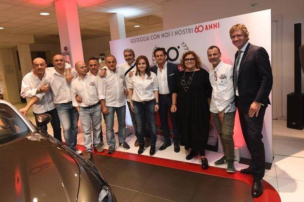 Le famiglie Maresca e Fiorentino con un gruppo di dipendenti (Foto Schicchi)