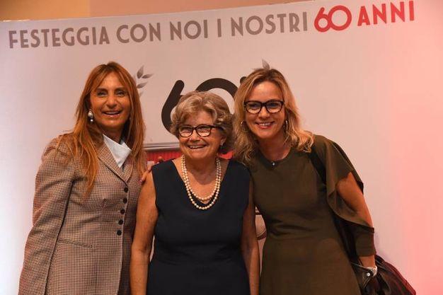 La signora Maresca (al centro) con Anna Brini e Cristiana Soldà (Foto Schicchi)