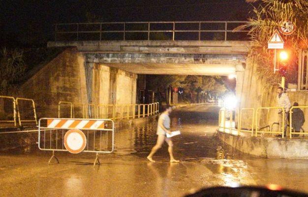 Il sottopasso allagato a Porto San Giorgio (foto Zeppilli)
