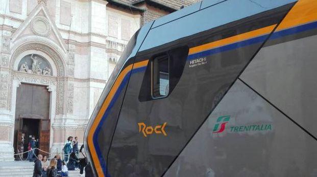 Il treno Rock in piazza Maggiore